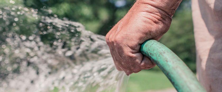 Jak udělat z užitkové vody pitnou?